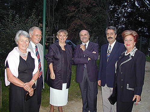 2002_12